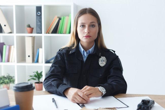 ルール違反でペナルティ!キャバ嬢が「罰金」を要求されるケースと対処法